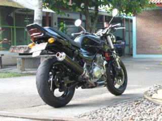 Gambar modifikasi Motor Suzuki thunder malaysia 2009